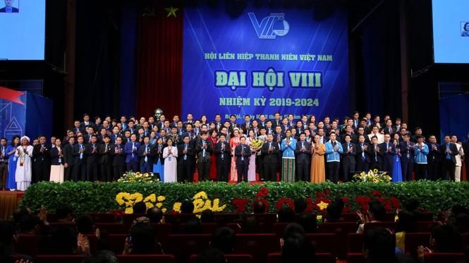 Thủ tướng Nguyễn Xuân Phúc: Mong thanh niên khởi nghiệp mạnh mẽ hơn - ảnh 2