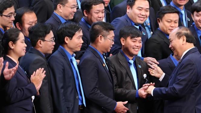 Thủ tướng Nguyễn Xuân Phúc: Mong thanh niên khởi nghiệp mạnh mẽ hơn - ảnh 4