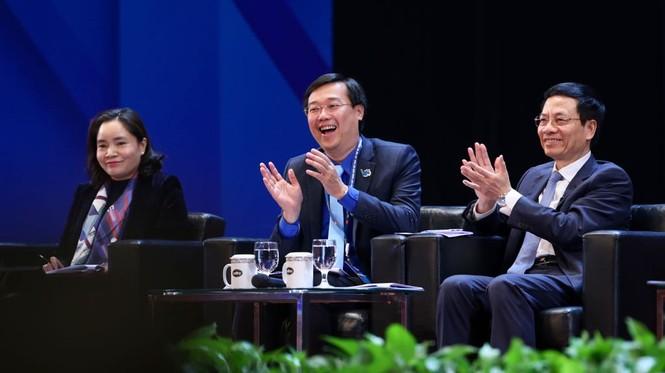 Thủ tướng Nguyễn Xuân Phúc: Mong thanh niên khởi nghiệp mạnh mẽ hơn - ảnh 23
