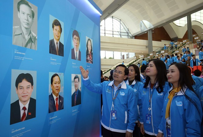 Thủ tướng Nguyễn Xuân Phúc: Mong thanh niên khởi nghiệp mạnh mẽ hơn - ảnh 28