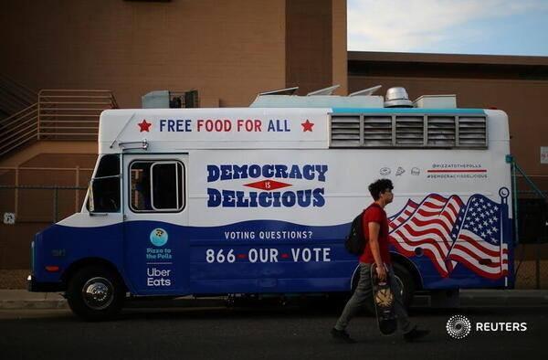 Mỹ sắp có cuộc bầu cử nhiều người bỏ phiếu nhất trong một thế kỉ - ảnh 15