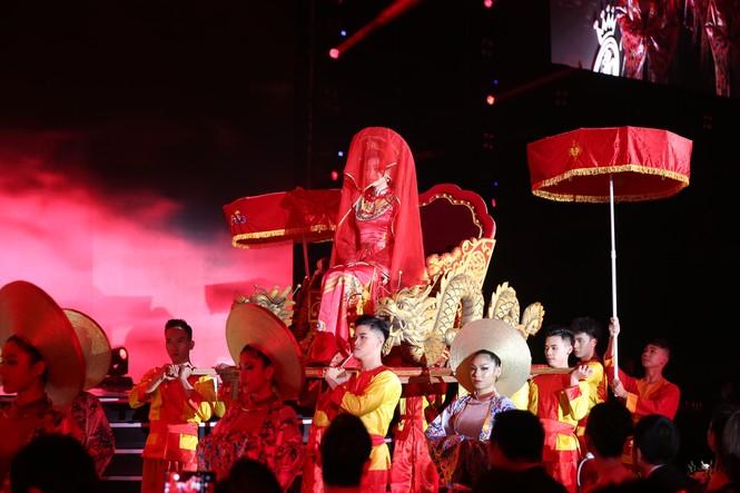 Đỗ Thị Hà đăng quang Hoa hậu Việt Nam 2020 - ảnh 29