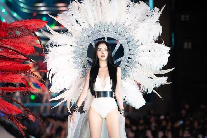 Đỗ Thị Hà đăng quang Hoa hậu Việt Nam 2020 - ảnh 71