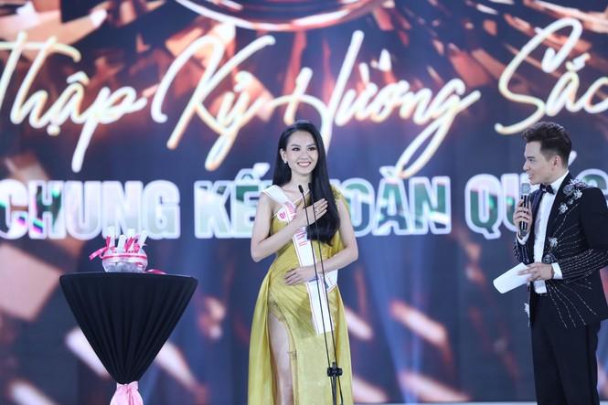 Đỗ Thị Hà đăng quang Hoa hậu Việt Nam 2020 - ảnh 9