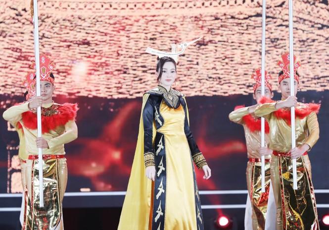 Đỗ Thị Hà đăng quang Hoa hậu Việt Nam 2020 - ảnh 36