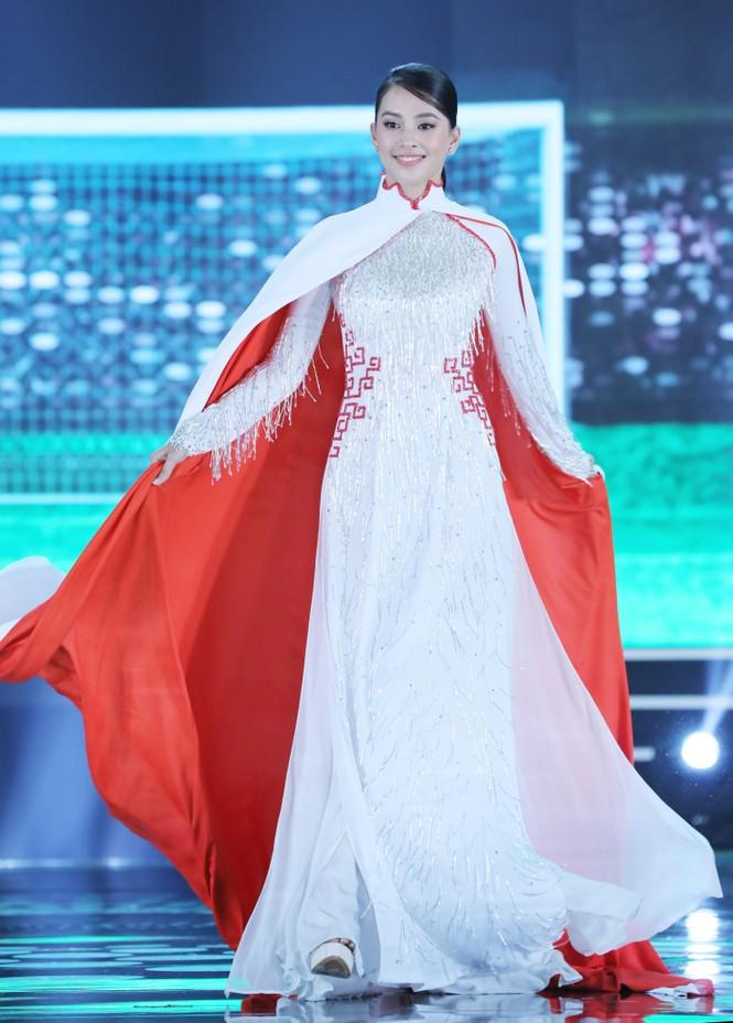 Đỗ Thị Hà đăng quang Hoa hậu Việt Nam 2020 - ảnh 27