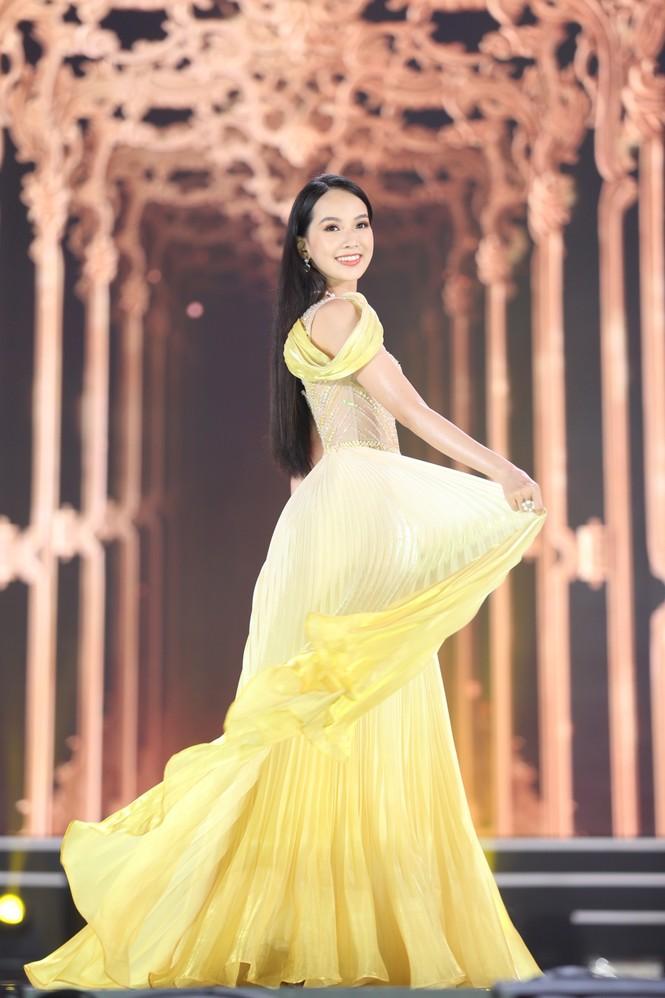 Đỗ Thị Hà đăng quang Hoa hậu Việt Nam 2020 - ảnh 20