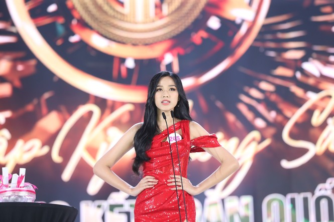 Đỗ Thị Hà đăng quang Hoa hậu Việt Nam 2020 - ảnh 10