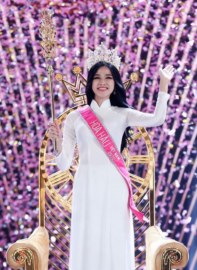 Đỗ Thị Hà đăng quang Hoa hậu Việt Nam 2020 - ảnh 5