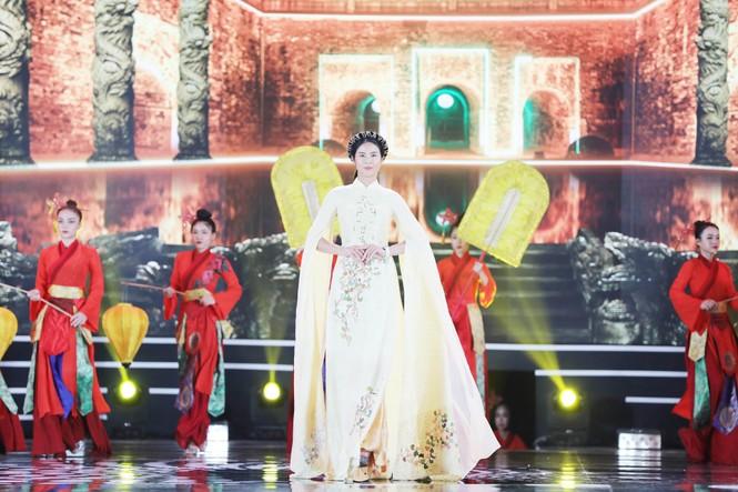 Đỗ Thị Hà đăng quang Hoa hậu Việt Nam 2020 - ảnh 39