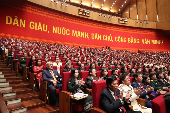 Tổng Bí thư, Chủ tịch nước: 'Không thế lực nào có thể ngăn cản nổi dân tộc ta đi lên' - ảnh 15