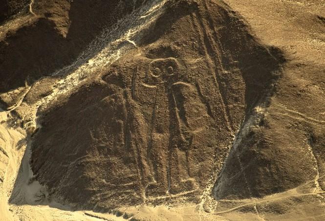 Bí ẩn 'Những đường vẽ Nazca' giữa sa mạc Peru - ảnh 6