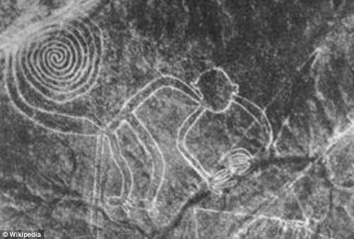 Bí ẩn 'Những đường vẽ Nazca' giữa sa mạc Peru - ảnh 1