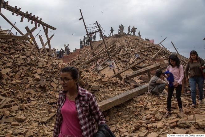 Đau thương bao trùm Nepal sau thảm họa động đất - ảnh 17