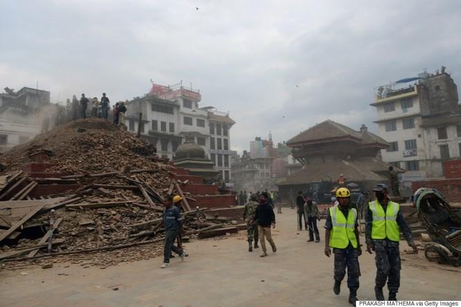 Đau thương bao trùm Nepal sau thảm họa động đất - ảnh 11