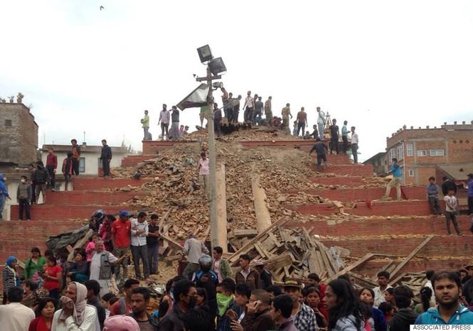 Đau thương bao trùm Nepal sau thảm họa động đất - ảnh 12