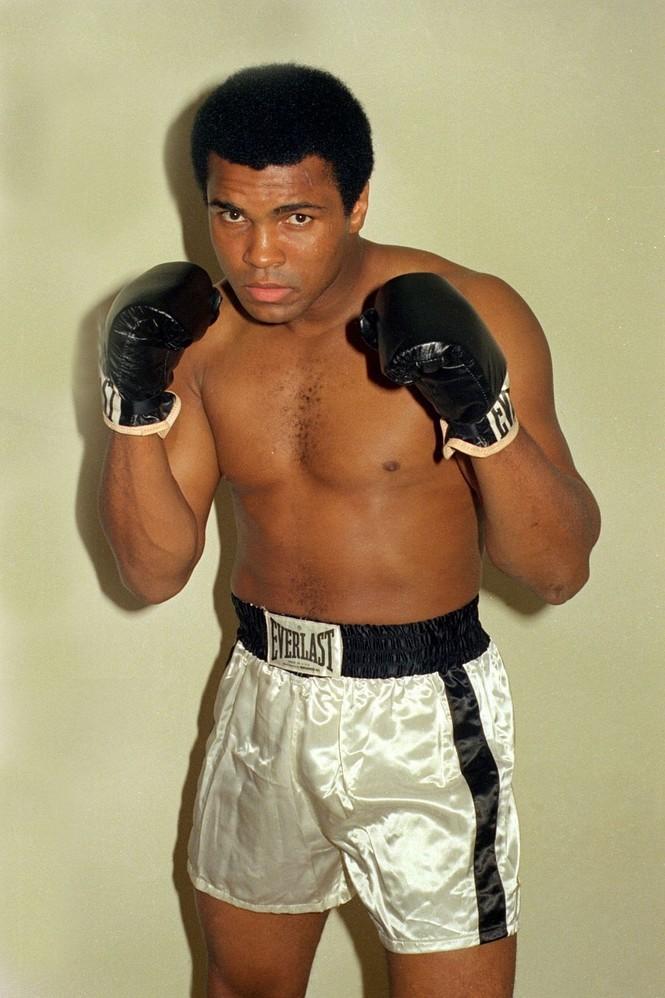 [ẢNH] 'Nắm đấm' cuối cùng của huyền thoại Muhammad Ali - ảnh 7