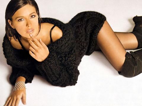 Biểu tượng sắc đẹp Monica Bellucci đẹp rạng ngời ở tuổi 52 - ảnh 9