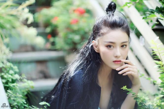 'Quả bom sex' Trương Hinh Dư khoe vẻ đẹp đầy ma lực - ảnh 7