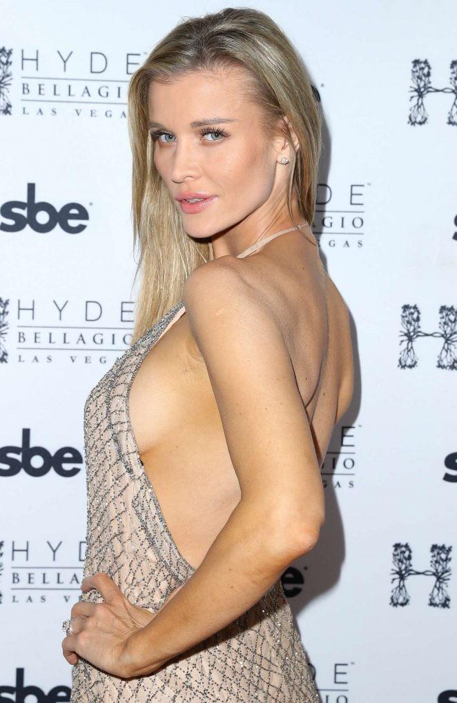 Người mẫu Playboy Joanna Krup diện đầm trễ nải khoe dáng nuột - ảnh 4