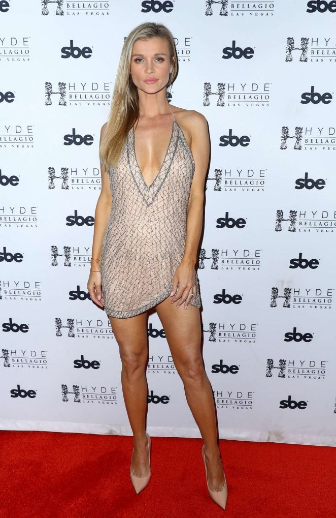 Người mẫu Playboy Joanna Krup diện đầm trễ nải khoe dáng nuột - ảnh 6