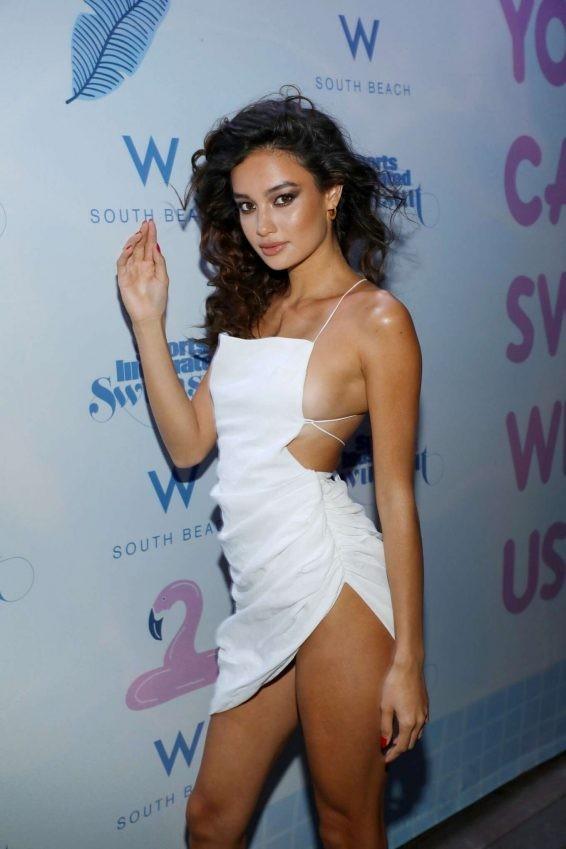 Chân dài 9x Philippines siêu gợi cảm tại Tuần lễ áo tắm Miami - ảnh 3