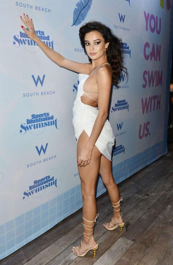 Chân dài 9x Philippines siêu gợi cảm tại Tuần lễ áo tắm Miami - ảnh 4