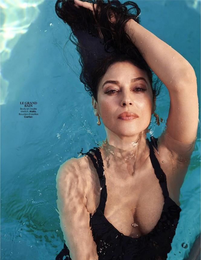 'Người đàn bà đẹp' Monica Bellucci nóng bỏng ngỡ ngàng ở tuổi 55 - ảnh 3