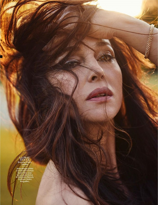 'Người đàn bà đẹp' Monica Bellucci nóng bỏng ngỡ ngàng ở tuổi 55 - ảnh 4