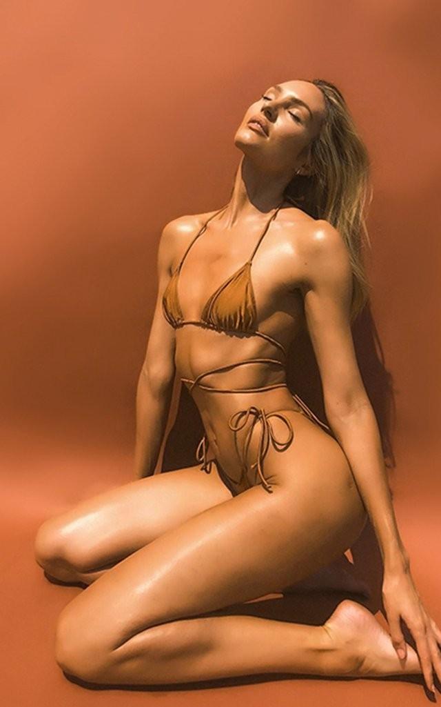 Mê mẩn ngắm 'Biểu tượng sắc đẹp' Nam Phi như búp bê 'Barbie sống'  - ảnh 15