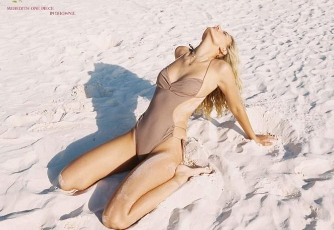 Siêu mẫu Hà Lan Bregje Heinen đẹp mê mẩn với áo tắm - ảnh 3