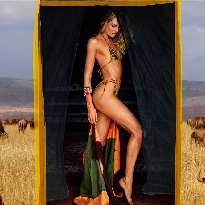 Candice Swanepoel diện mốt không nội y, khoe cơ bụng săn chắc với bộ váy tuyệt đẹp - ảnh 7