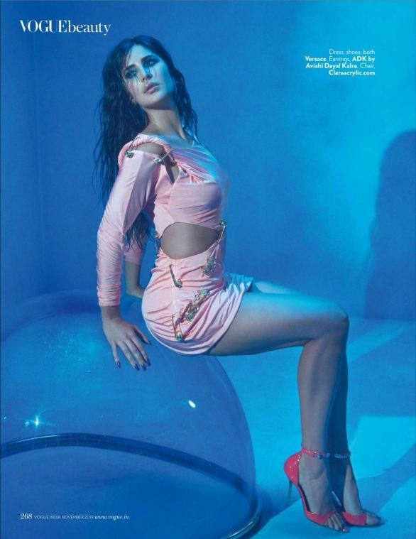 'Phụ nữ gợi cảm nhất Ấn Độ' Katrina Kaif đẹp 'rực lửa' trên tạp chí - ảnh 2