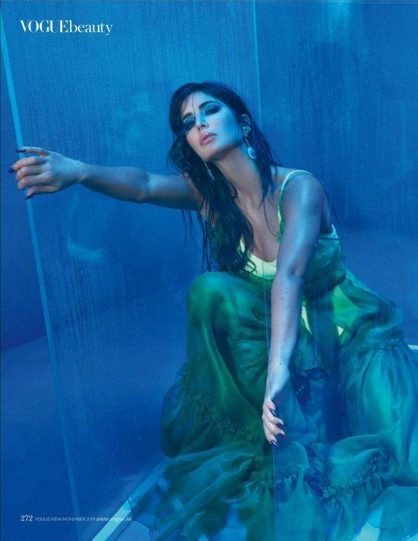 'Phụ nữ gợi cảm nhất Ấn Độ' Katrina Kaif đẹp 'rực lửa' trên tạp chí - ảnh 3