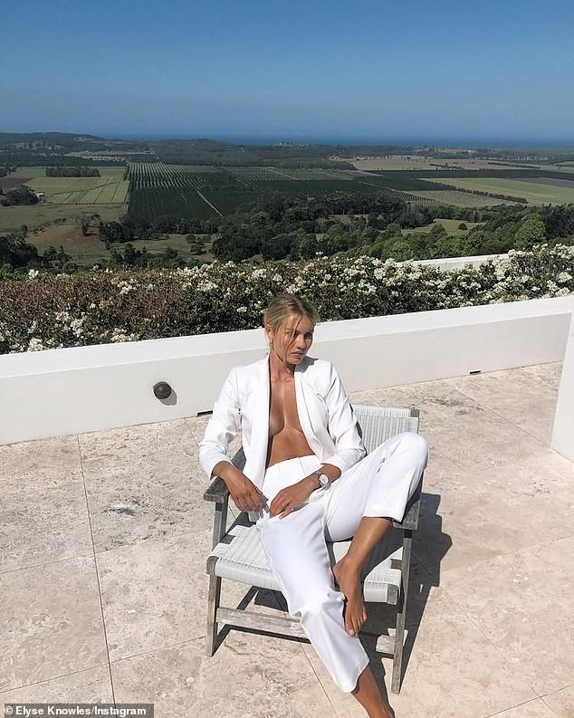 Mỹ nhân áo tắm 9x tung ảnh ngực trần, thả dáng buông lơi cực gợi cảm - ảnh 2