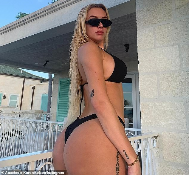 Mỹ nhân nóng bỏng Anastasia Karanikolaou 'đốt' ánh nhìn với bikini - ảnh 2