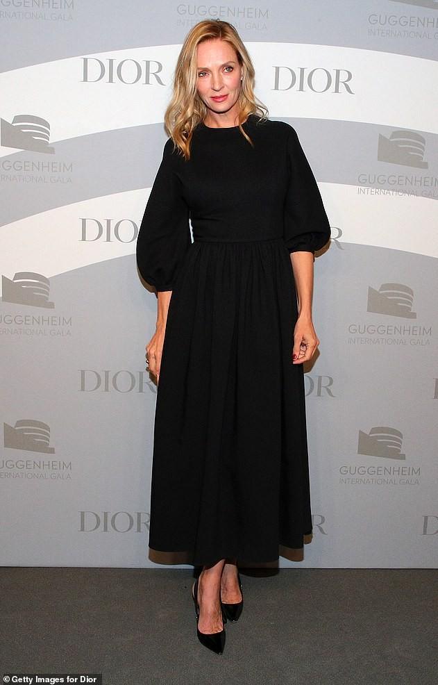 Không nội y, Karlie Kloss quyến rũ hút hồn bên tình tin đồn của Brad Pitt - ảnh 6