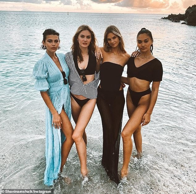 Siêu mẫu Úc Shanina Shaik mặc bikini bé xíu phô dáng nuột nà gợi cảm - ảnh 9