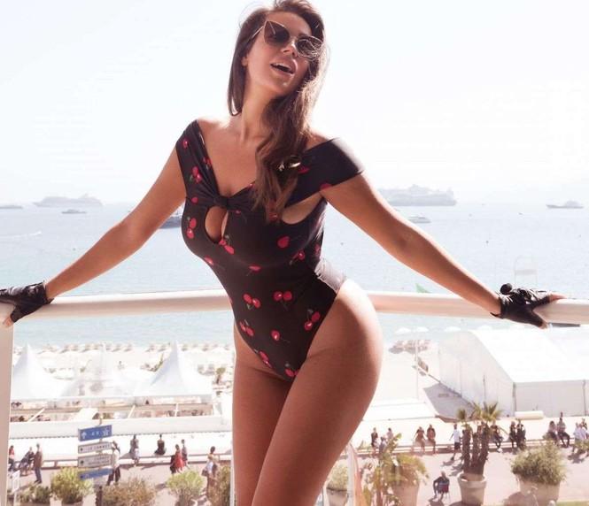 Vóc dáng tròn đầy nóng bỏng của người mẫu ngoại cỡ Nadine Mirada - ảnh 4