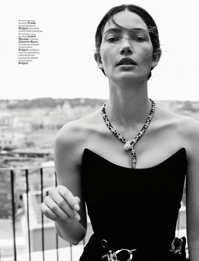'Thiên thần nội y' Lily Aldridge khoe nhan sắc đẹp không 'góc chết' trên tạp chí - ảnh 4
