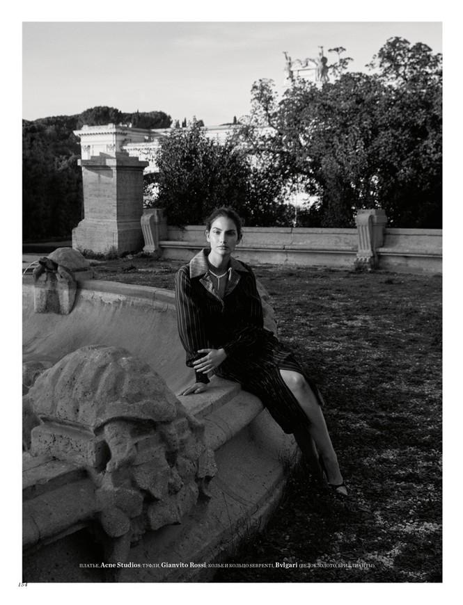 'Thiên thần nội y' Lily Aldridge khoe nhan sắc đẹp không 'góc chết' trên tạp chí - ảnh 7