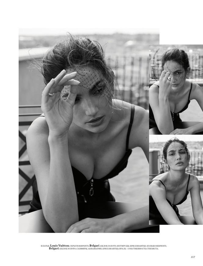 'Thiên thần nội y' Lily Aldridge khoe nhan sắc đẹp không 'góc chết' trên tạp chí - ảnh 8