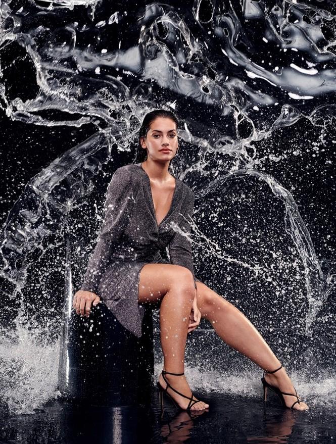 'Bỏng mắt' ngắm người mẫu ngoại cỡ Lorena Duran - ảnh 2