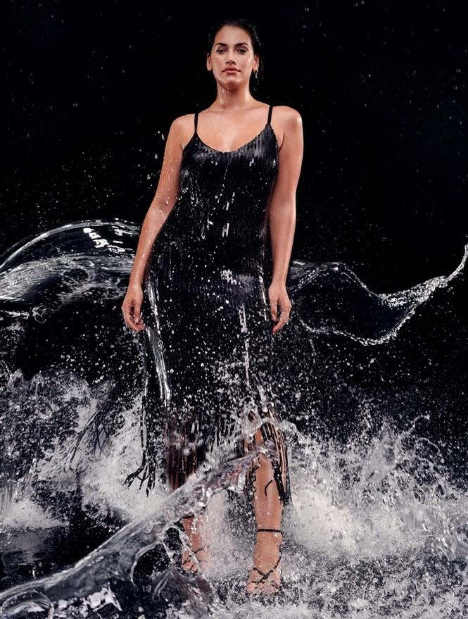 'Bỏng mắt' ngắm người mẫu ngoại cỡ Lorena Duran - ảnh 4