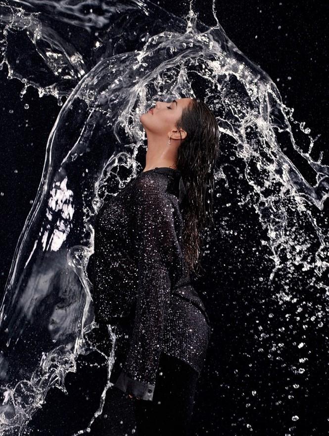 'Bỏng mắt' ngắm người mẫu ngoại cỡ Lorena Duran - ảnh 6