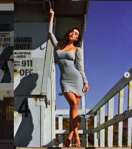 Đường cong tuyệt mỹ của 'Tượng nữ thần sắc đẹp' Alexis Ren  - ảnh 7