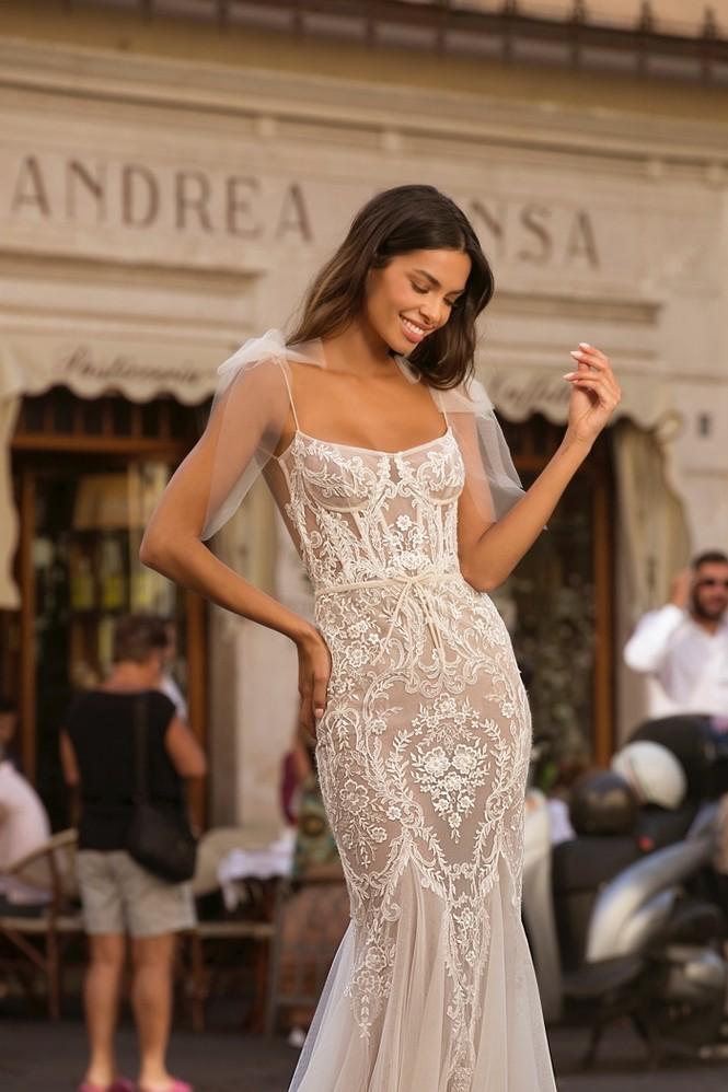 Bà xã hậu vệ Dani Alves khoe dáng siêu mẫu nuột nà với chiều cao 1m80 - ảnh 14