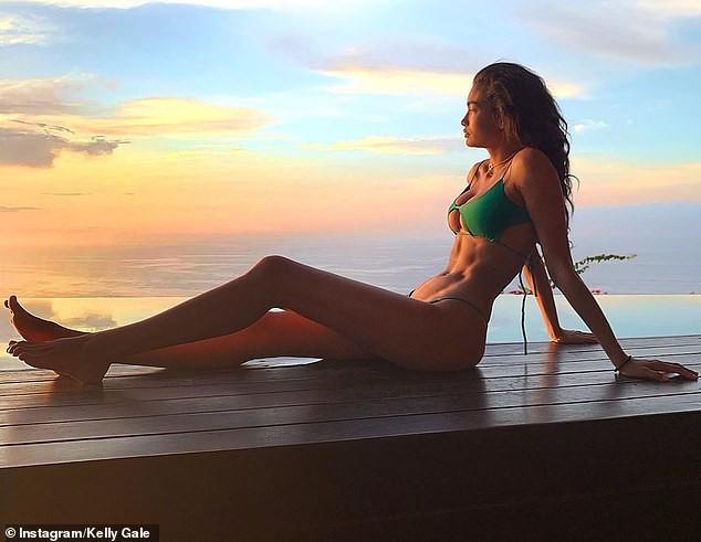 Kelly Gale khoe vóc dáng tuyệt mỹ với nội y Victoria' Secret - ảnh 9