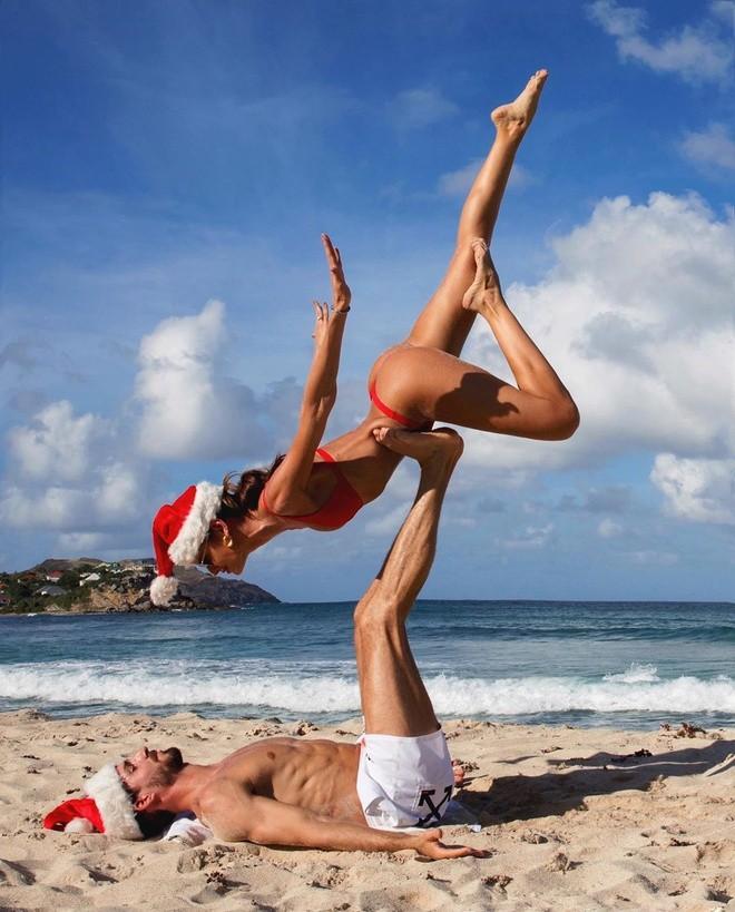 Izabel Goulart mặc bikini chụp ảnh cùng bạn trai gây 'sốt' - ảnh 2