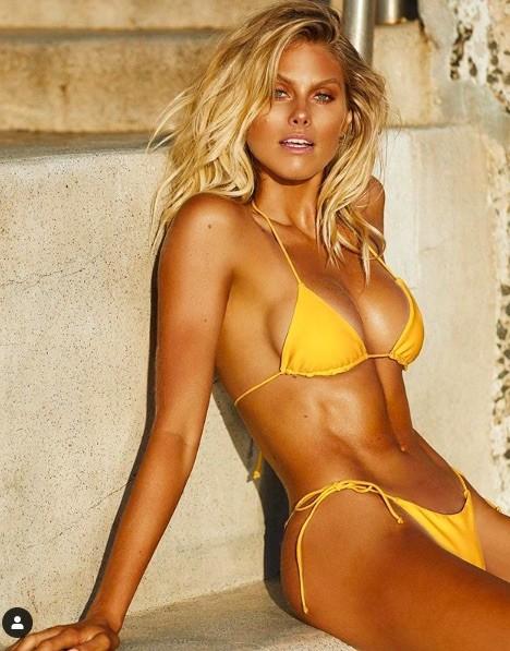 Siêu mẫu đình đám nước Úc tung loạt ảnh ngực trần khiến fan phát 'sốt' - ảnh 9